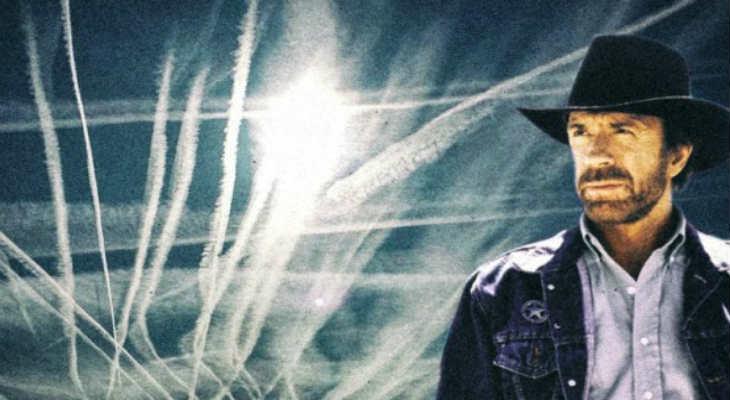 «Εγκληματίες του ουρανού»: Ο Τσακ Νόρις κηρύσσει πόλεμο στους χημικούς αεροψεκασμούς