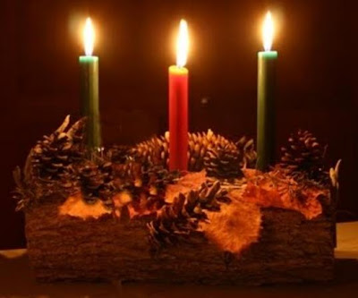 Modern day Yule logs often take the form of candle holders or are in the form of edible cakes