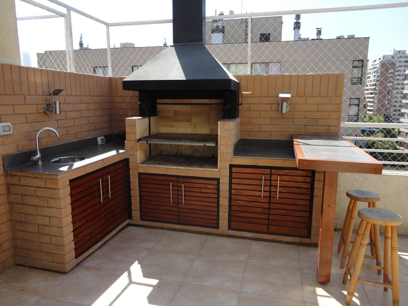 Veintediez arquitectos quincho marco polo for Construccion de piscinas con ladrillos