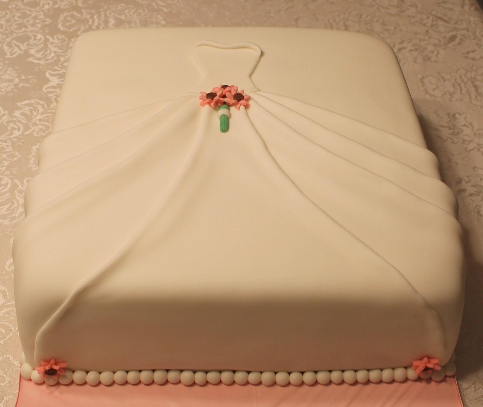 Creative Cakes by Lynn: Wedding Dress Bridal Shower Cake