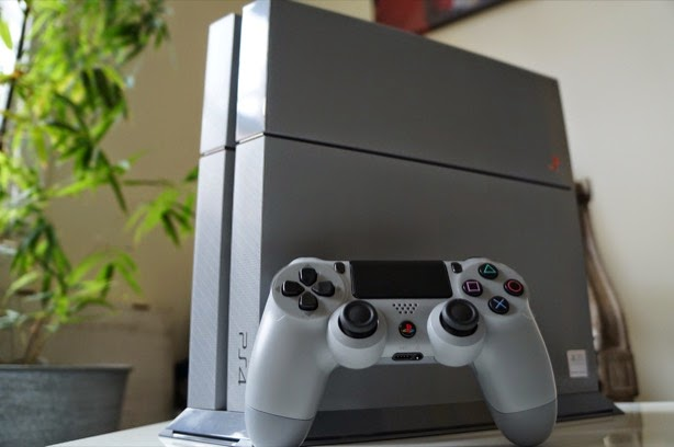 Wujud PS 4 Spesial Edisi 20th Anniversary