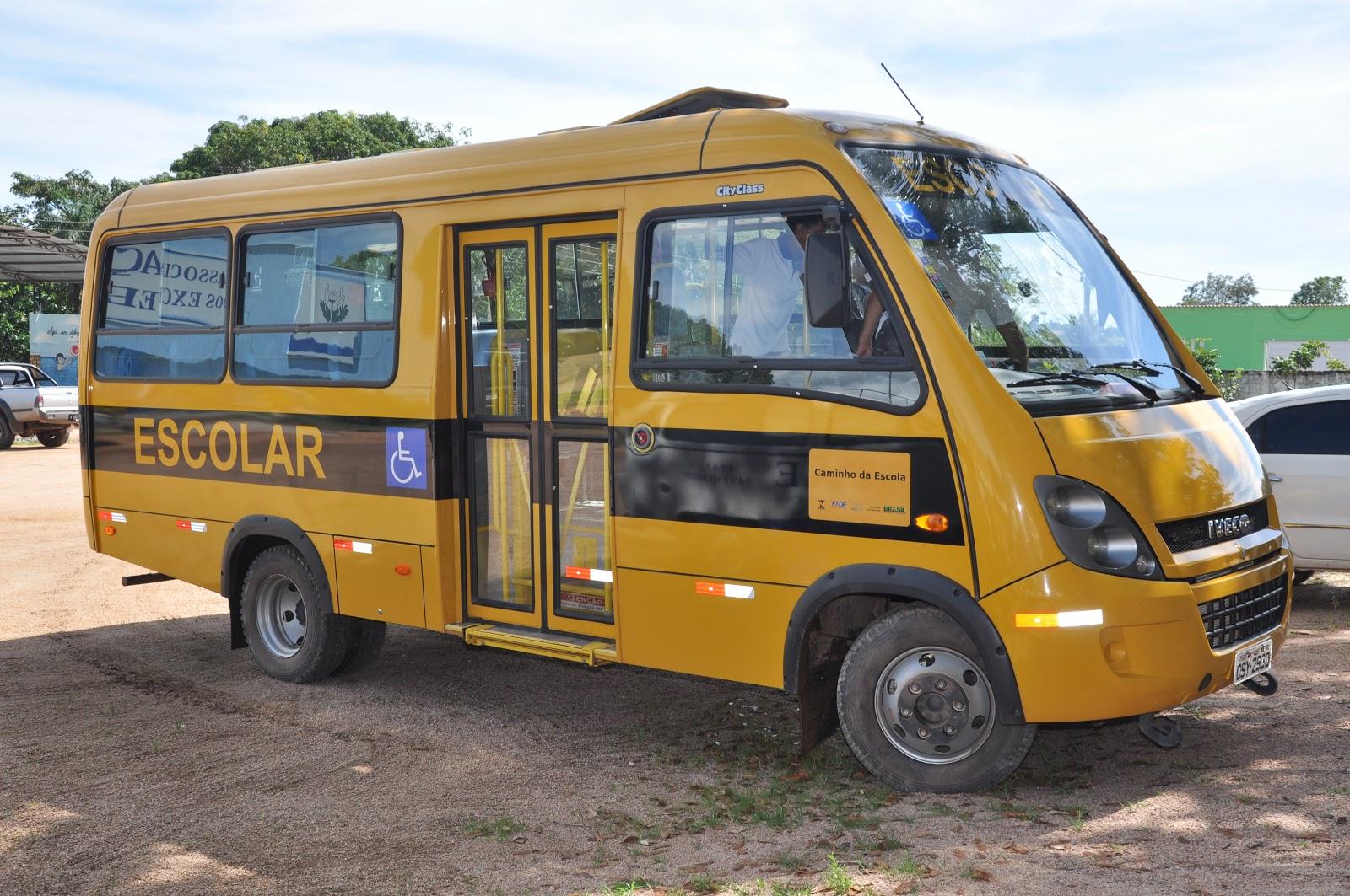 ônibus é adaptado para cadeirantes #A27929 1600x1063 Banco Banheiro Cadeirante