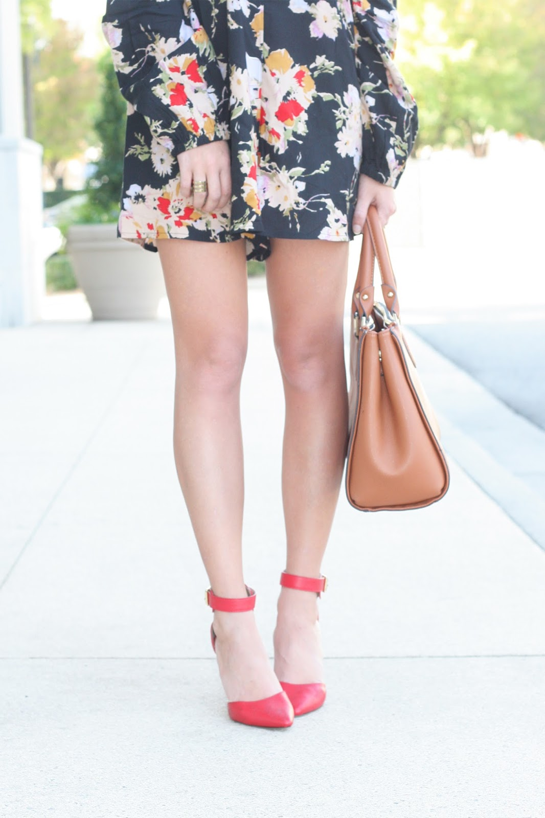 Floral-romper-with-pointed-toe-ankle-pumps