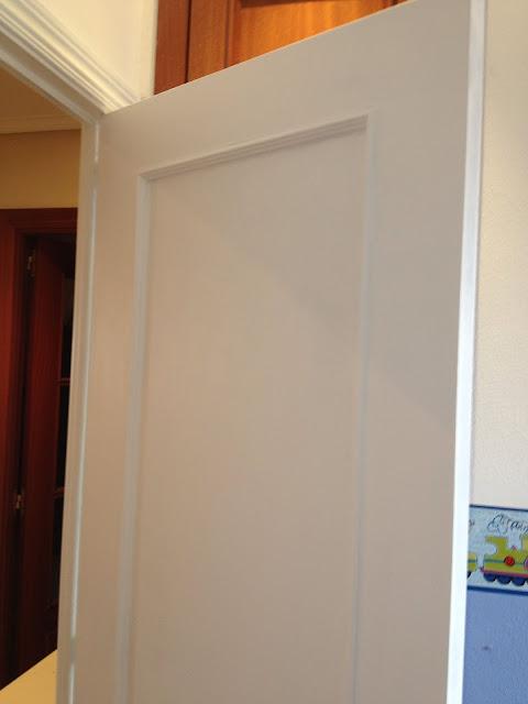 Adios al sapely pintar puertas de blanco juntitoscrafts for Pintar puertas