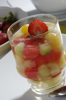 Contoh Text Procedure Cara Membuat Es Buah (How to make fruit Ice)