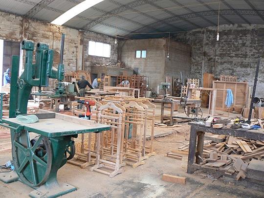 Carpinter a maza - Carpinterias de madera en valencia ...