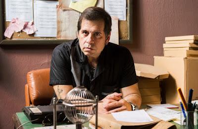 Genésio ( Leandro Hassum) no escritório do Jurema Hall Crédito: Globo/Caiuá Franco