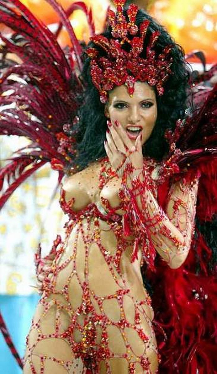 Rio Carnival, the exuberance (lively) Fabia Borges.