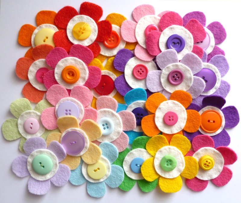Paper and string sunshine flowers ive been re jigging my felt flower pack colours and have just been photographing and then updating the website with them mightylinksfo
