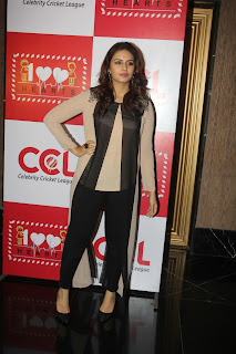 Actress Kajal Aggarwal and Huma Qureshi Latest Pictures at Launch of 100 Hearts A Social Initiative By CCL  9.jpg