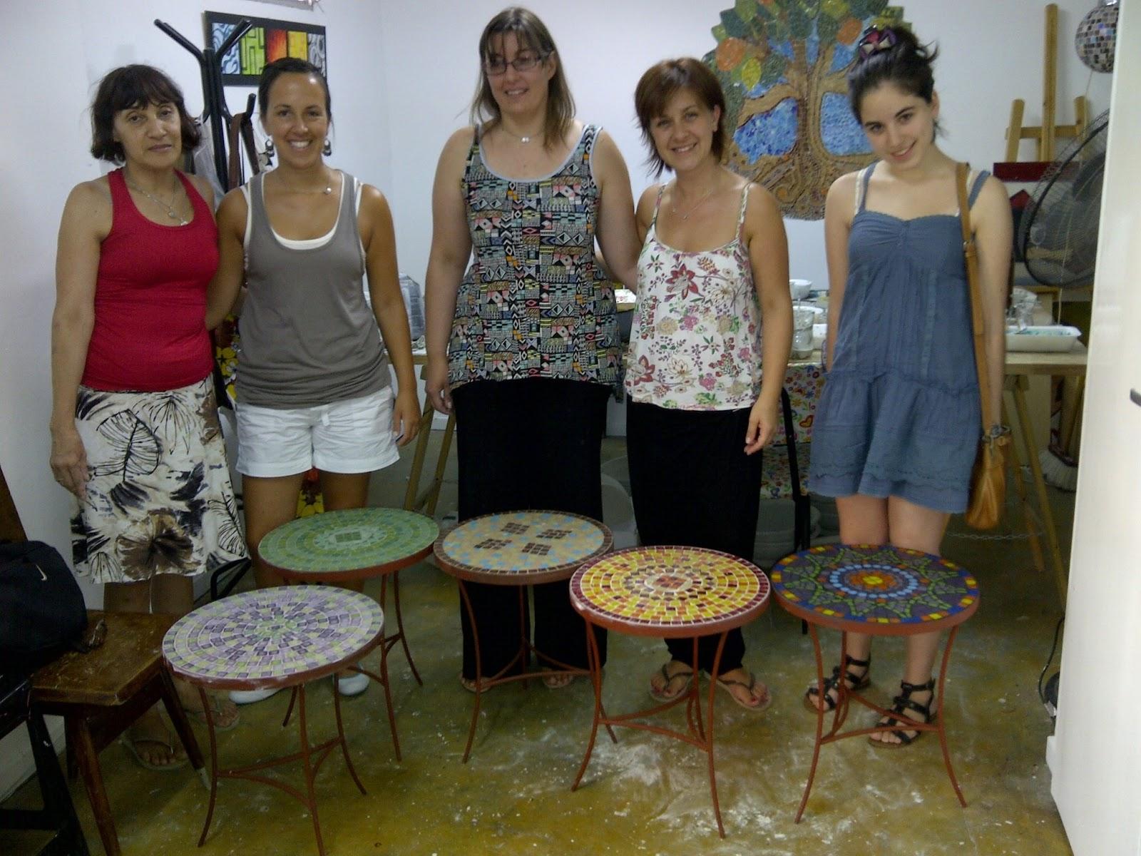 Gwendydecoraci n mosaiquismo taller de mesas - Mesas de taller ...