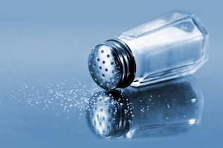 na ból ucha sól