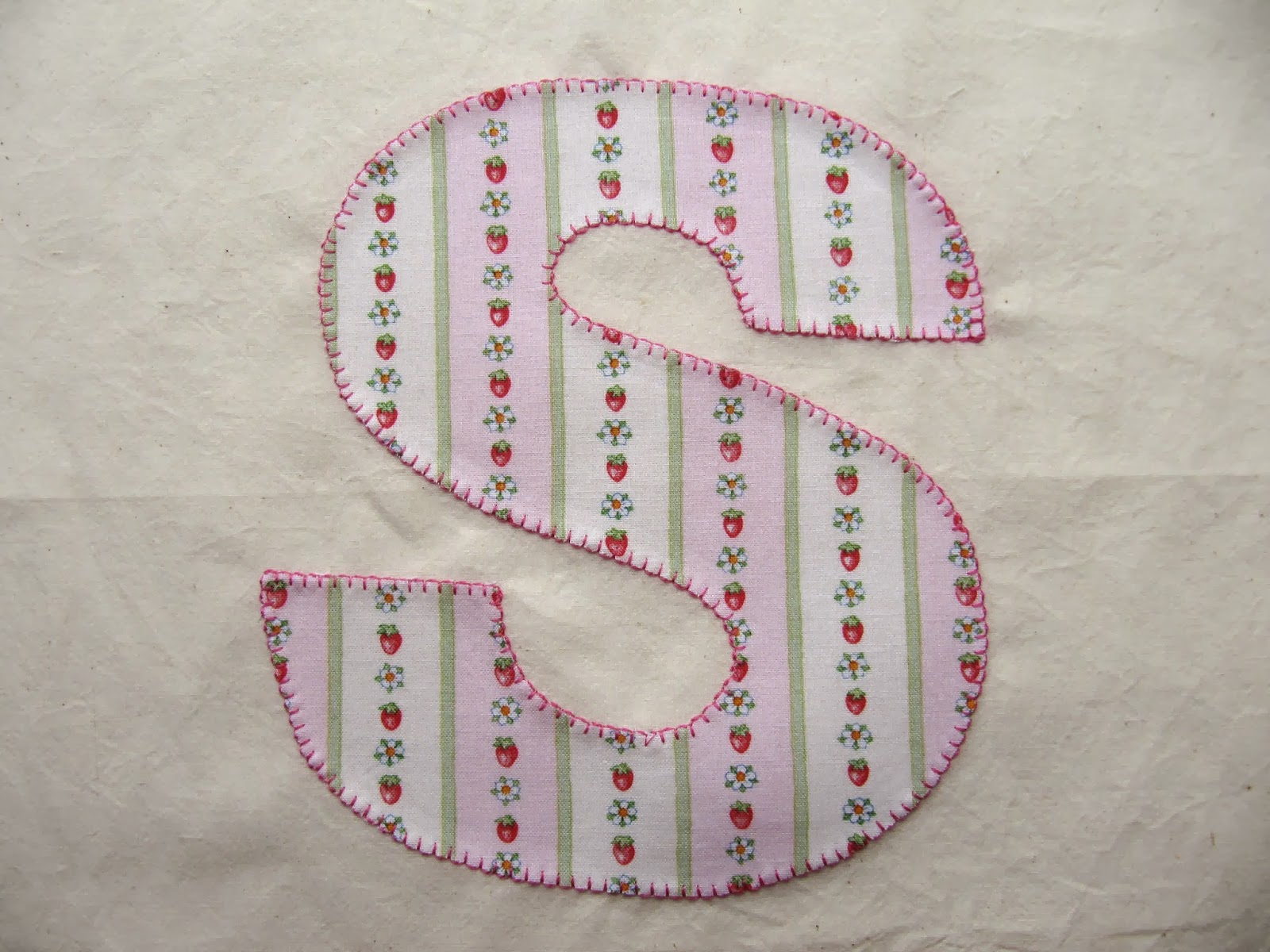 applique letter S