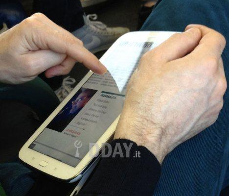 Foto dal vivo del primo tablet note da 8 pollici di Samsung