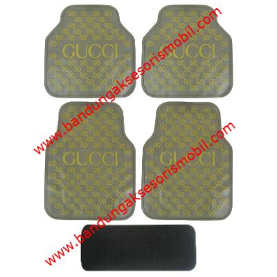 Karpet Gucci Dasar Cream Motif Kuning Guang Zhou
