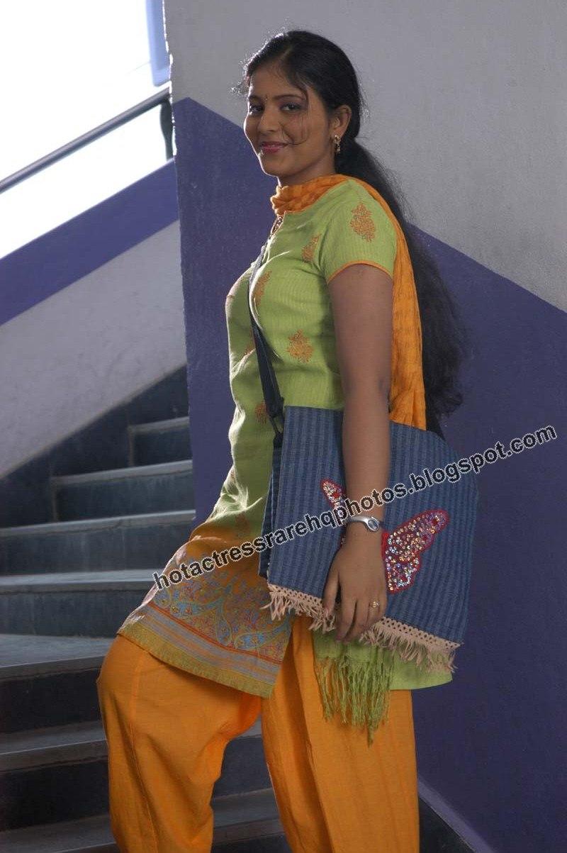 journey heroine anjali | readandhra