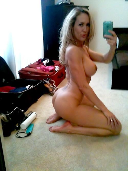 Cougar Selfies