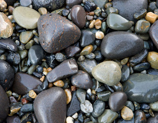 A picture of rocks and pebbles