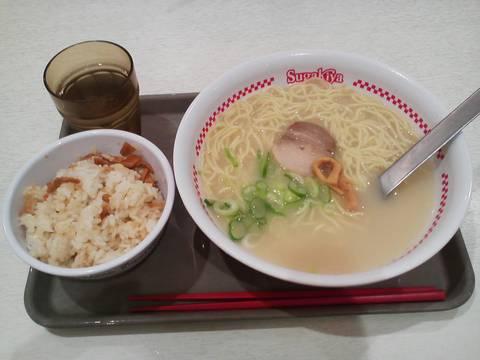 ラーメン+五目ごはん¥510 スガキヤカラフルタウン岐阜店