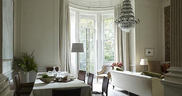 Simple everyday glamour happy saturday for Klassiek modern interieur