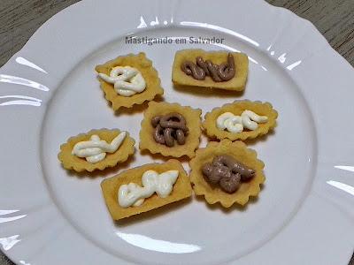 Gastronomia by Ana: Mini Barquetes recheadas com Patês de Azeitonas Pretas e de Queijo