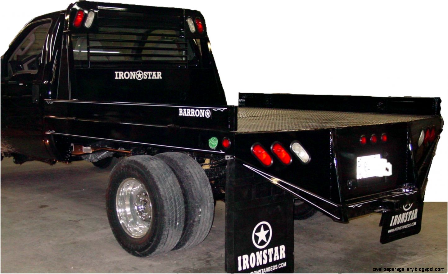 Ironstar Flatbeds   Pickups trucks
