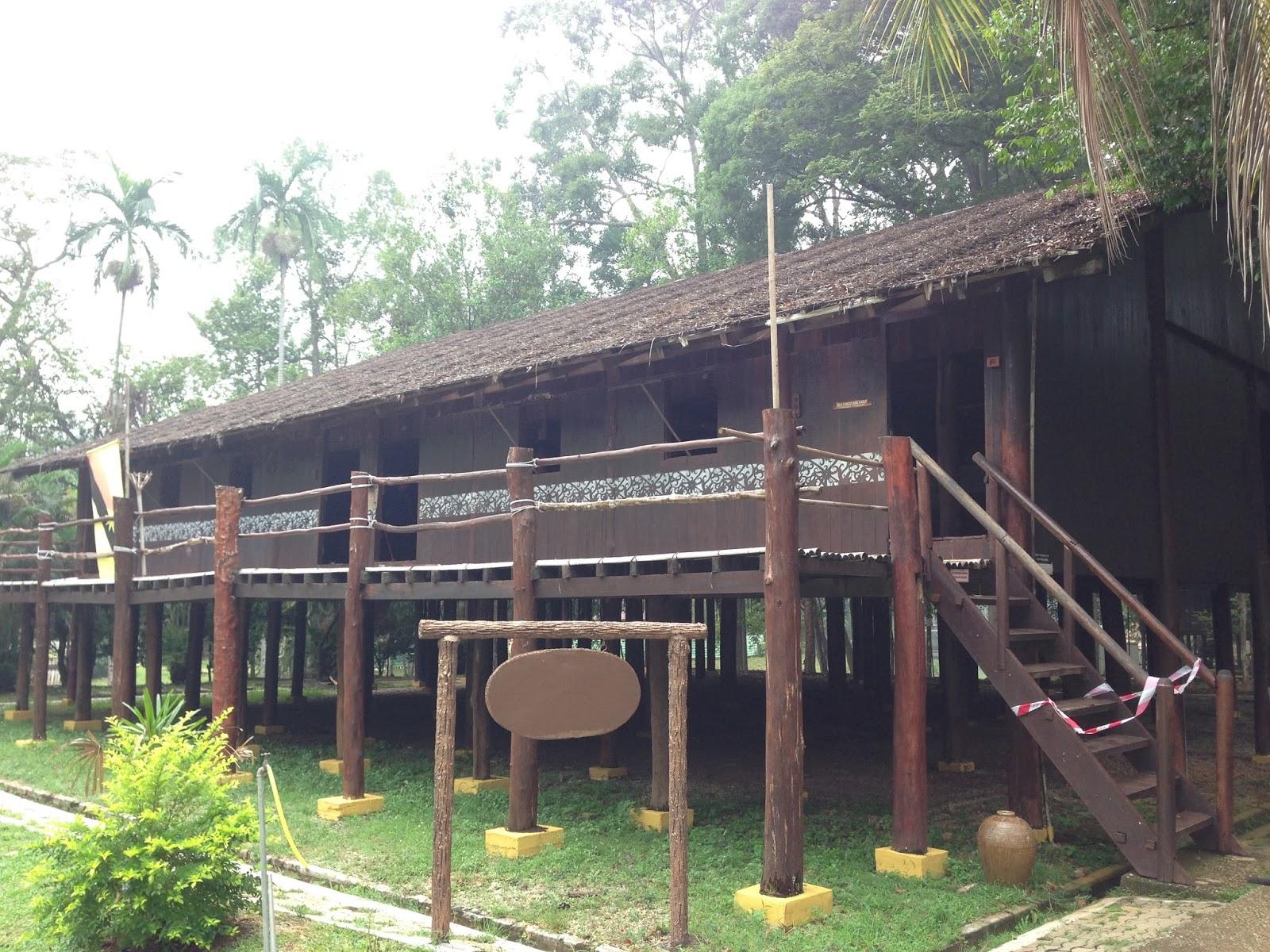 Ilmu Itu Cahaya Mari Mengenali Kaum Iban Sarawak