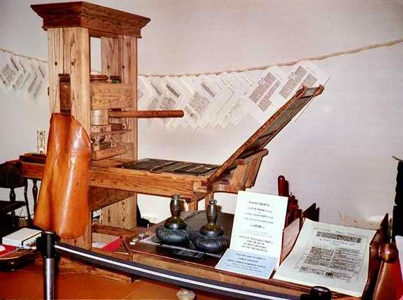 Bagaimana Gutenberg Menemukan Mesin Cetak