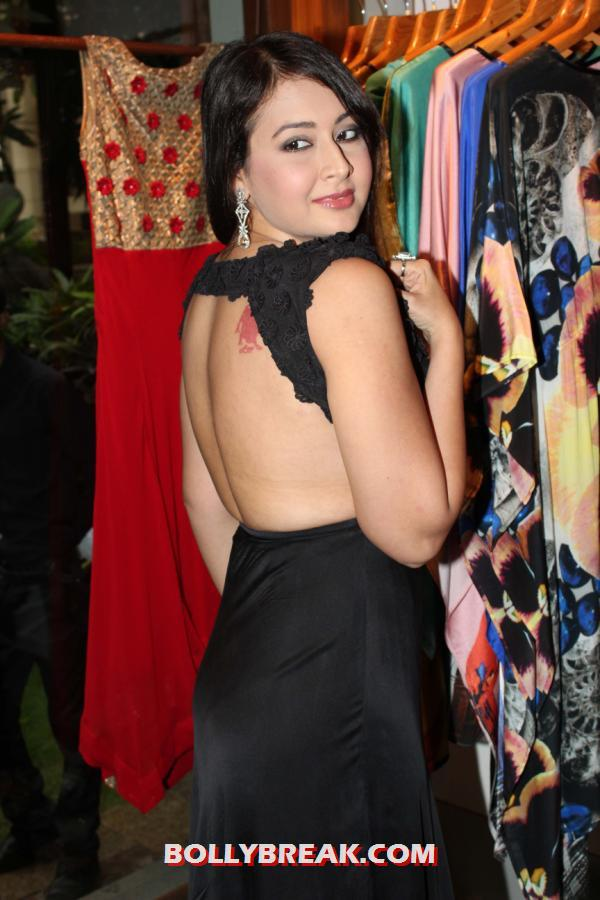 Preeti Jhangiani in Hot Backless Black Dress -  Preeti Jhangiani in Hot Backless Black Dress Fuel Store Launch