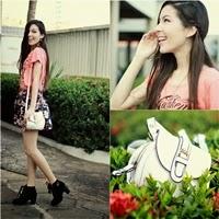 Look: Saia Floral + Bota