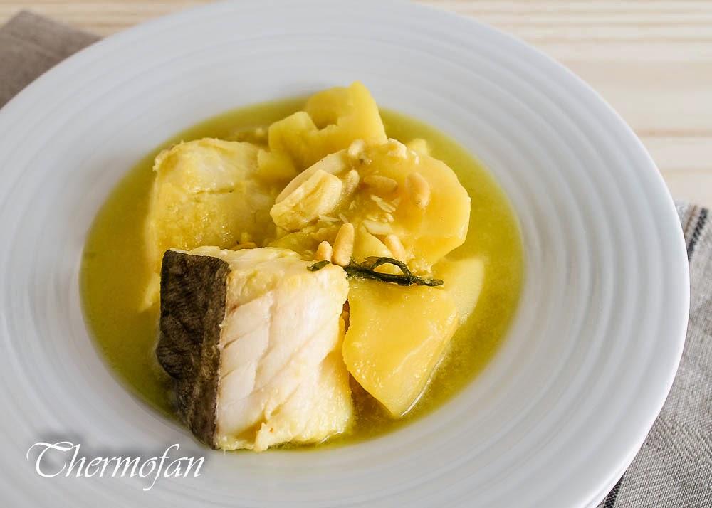Guiso de patatas con bacalao thermofan - Patatas en caldo con bacalao ...