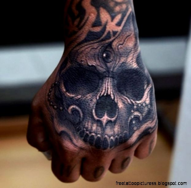 Creative Hand Tattoo Designs in Vogue 181