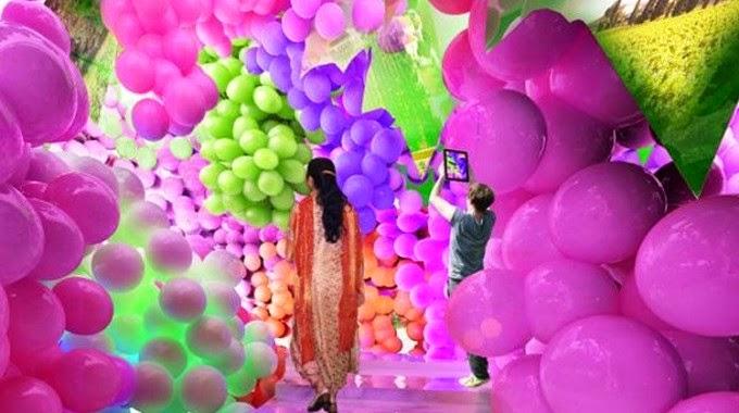Uno degli spazi espositivi del padiglione del vino