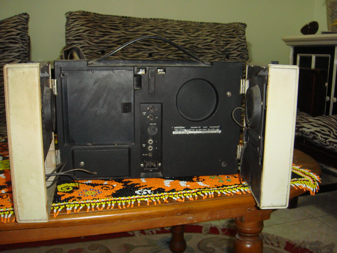 TOKO BARANG ANTIK Tape Double Speaker HITACHI
