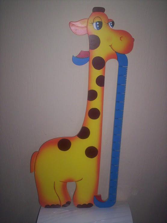 Girafa medidora de crescimento     Promoção especial R$ 70,00 temos outras cores