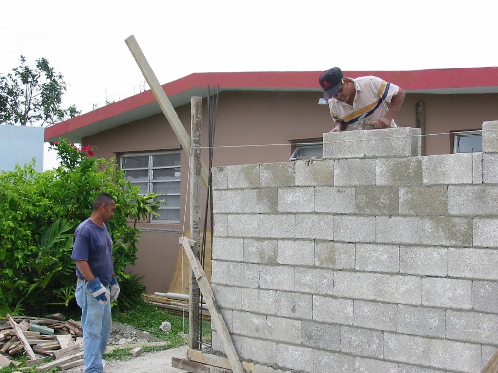 El maestro de obras xavier valderas las paredes for Mortero para ladrillos
