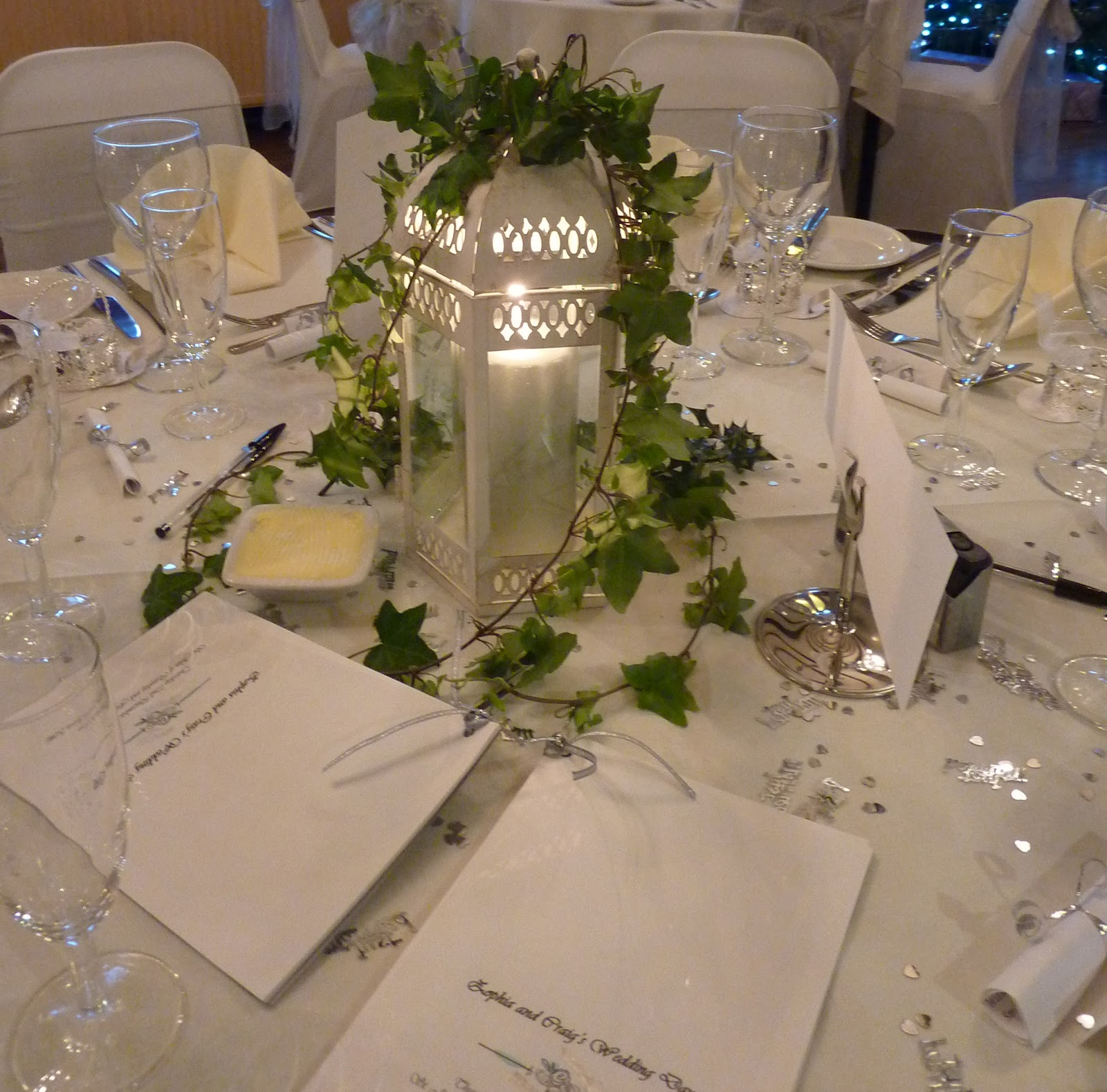 Katie gilman floristry design white christmas wedding White christmas centerpieces