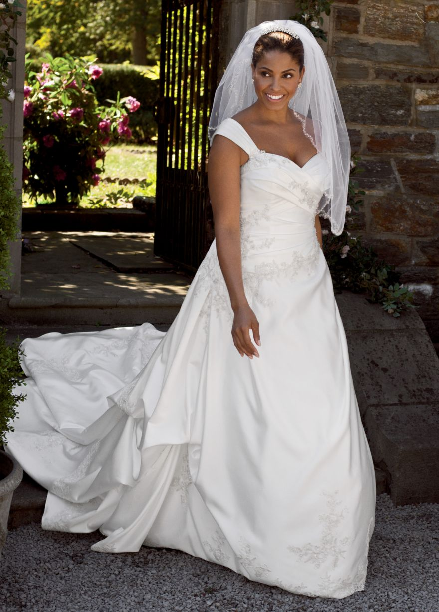 African american brides blog three major wedding dress for Plus size african wedding dresses