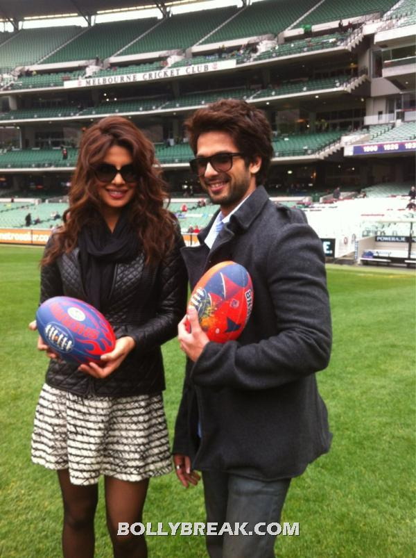 Priyanka in a white n black skirt and black leather jacket  - Priyanka chopra & Shahid kapoor Melbourne Stadium FUN PICS