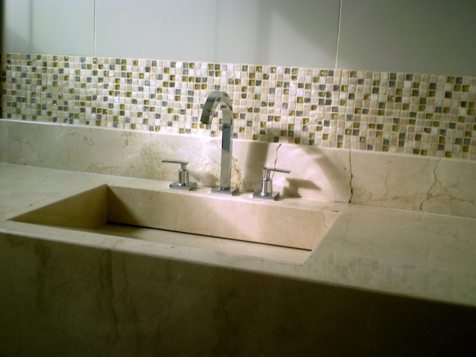 Casa da Áurea: Eu voltei!!! Eu mudei!!! #2B280B 1600x1200 Banheiro Com Pastilhas Como Colocar
