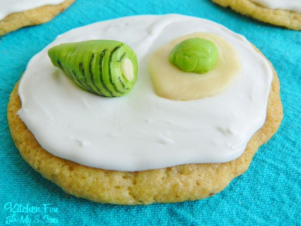 Dr. Seuss Green Eggs and Ham Cookies...Easy! - Kitchen Fun ...