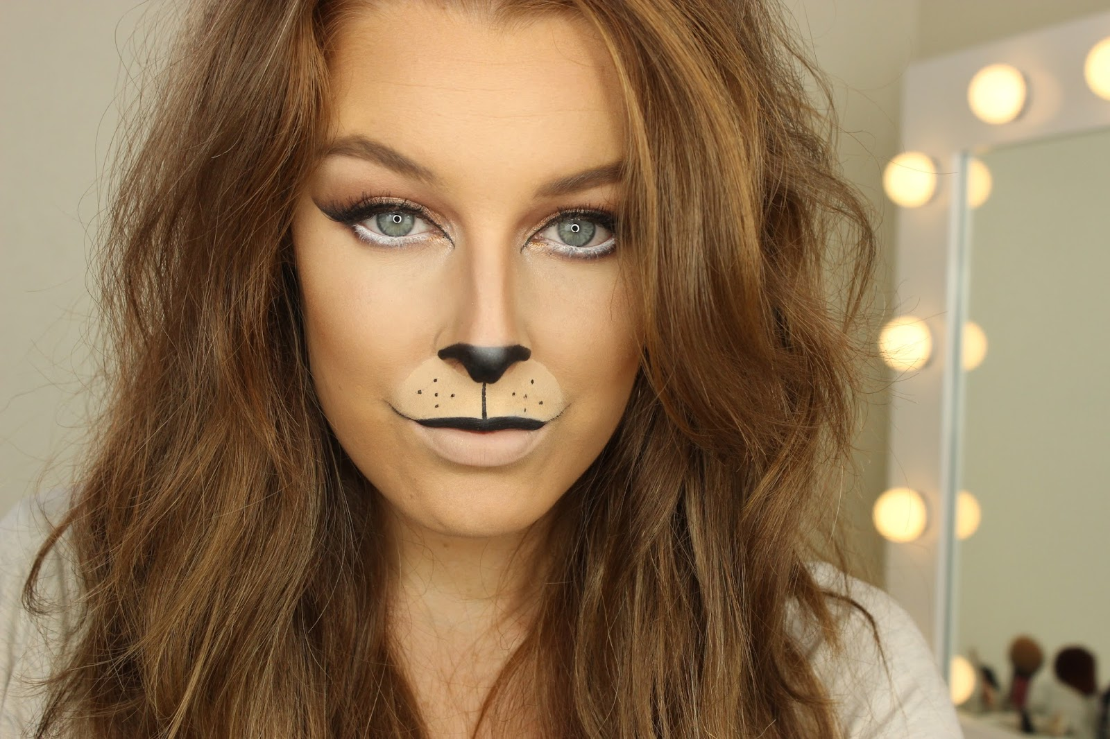 Halloween Week  Lion Makeup | Zoe Mountford