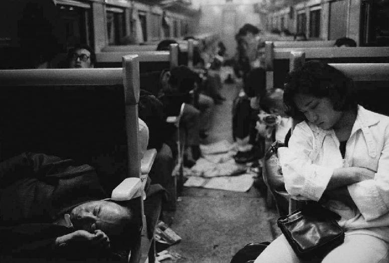 nuncalosabre.Fotografía. Photography - Daido Moriyama (森山 大道)