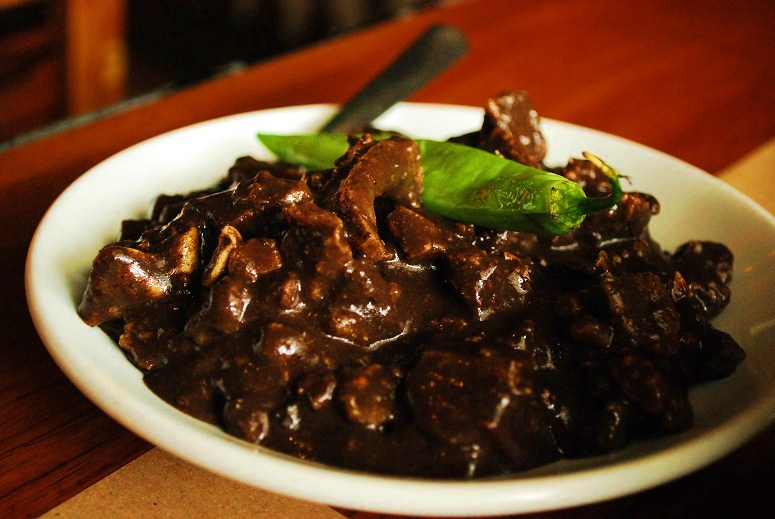 Filipino pork dinuguan recipe lahat sarap sarap filipino dinuguan recipe forumfinder Choice Image