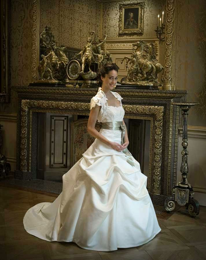 Celtic Ball Gown Wedding Dresses Belts UK Design pictures hd