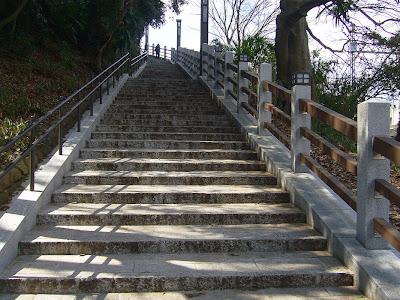 枚方市・意賀美神社・石段