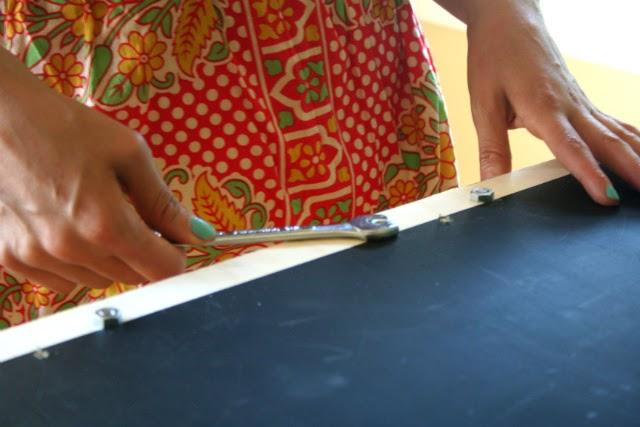 DIY Chalkboard Sandwich Board // Step 6