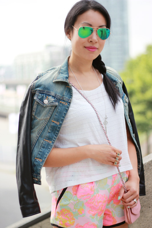Talula Harlem leather sleeve denim jacket, Aritiza Wilfred Musee neon floral jacquard shorts, pink Chanel WOC wallet on chain, green mirrored Ray-ban aviator sunglasses, JewelMint Giza ring, MAC Candy Yum-Yum lipstick, summer style, fashion, Vancouver