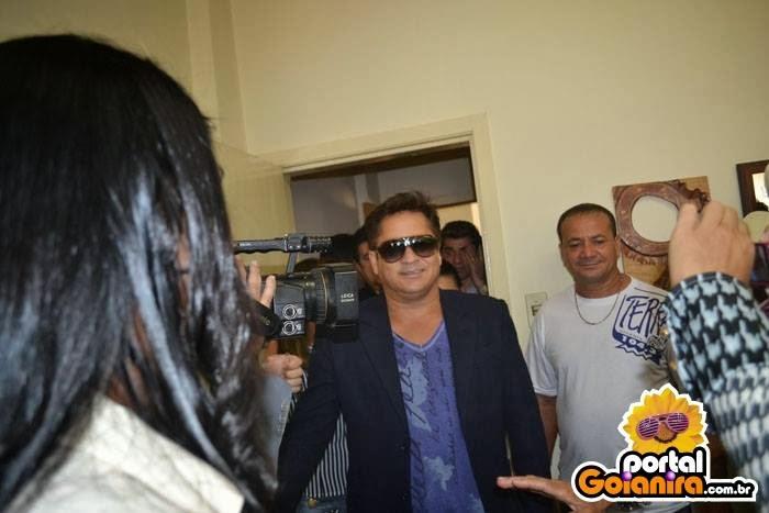 Leonardo na Rádio Terra FM 104,3 2013