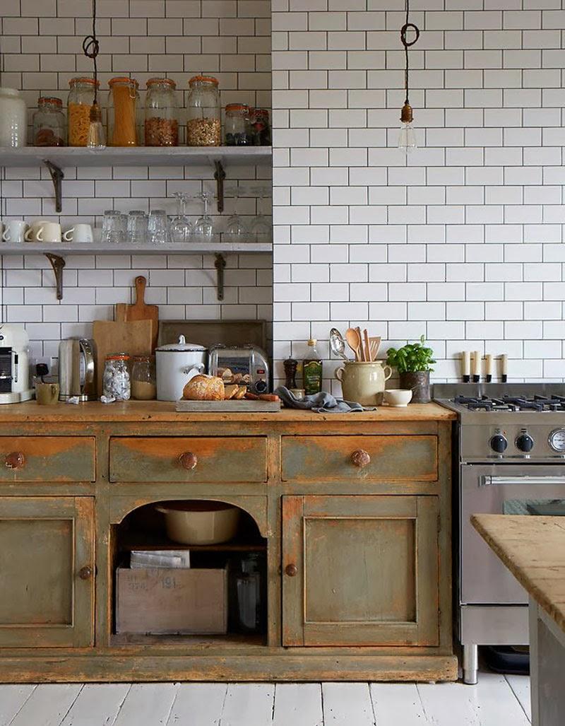 Los 39 must have 39 de una cocina 39 vintage 39 maria victrix for Old house kitchen designs